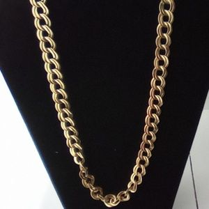 Gold Tone Fashion Link Necklace. 20""